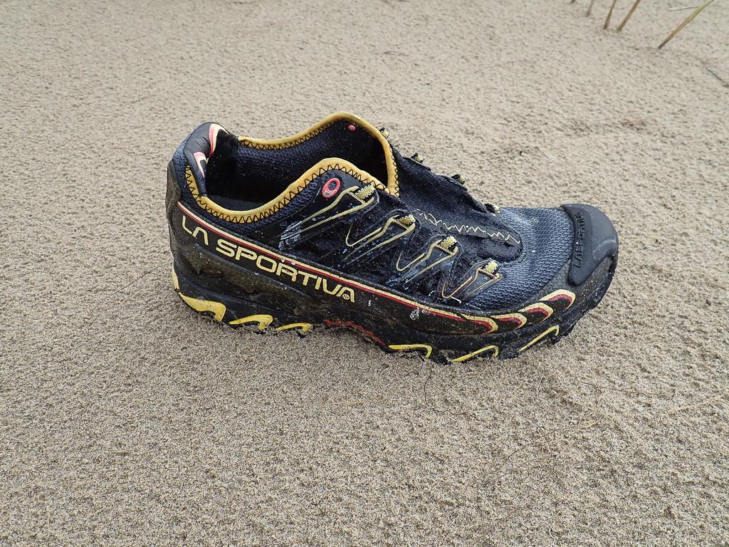 Men's La Sportiva shoe, right foot, on sand